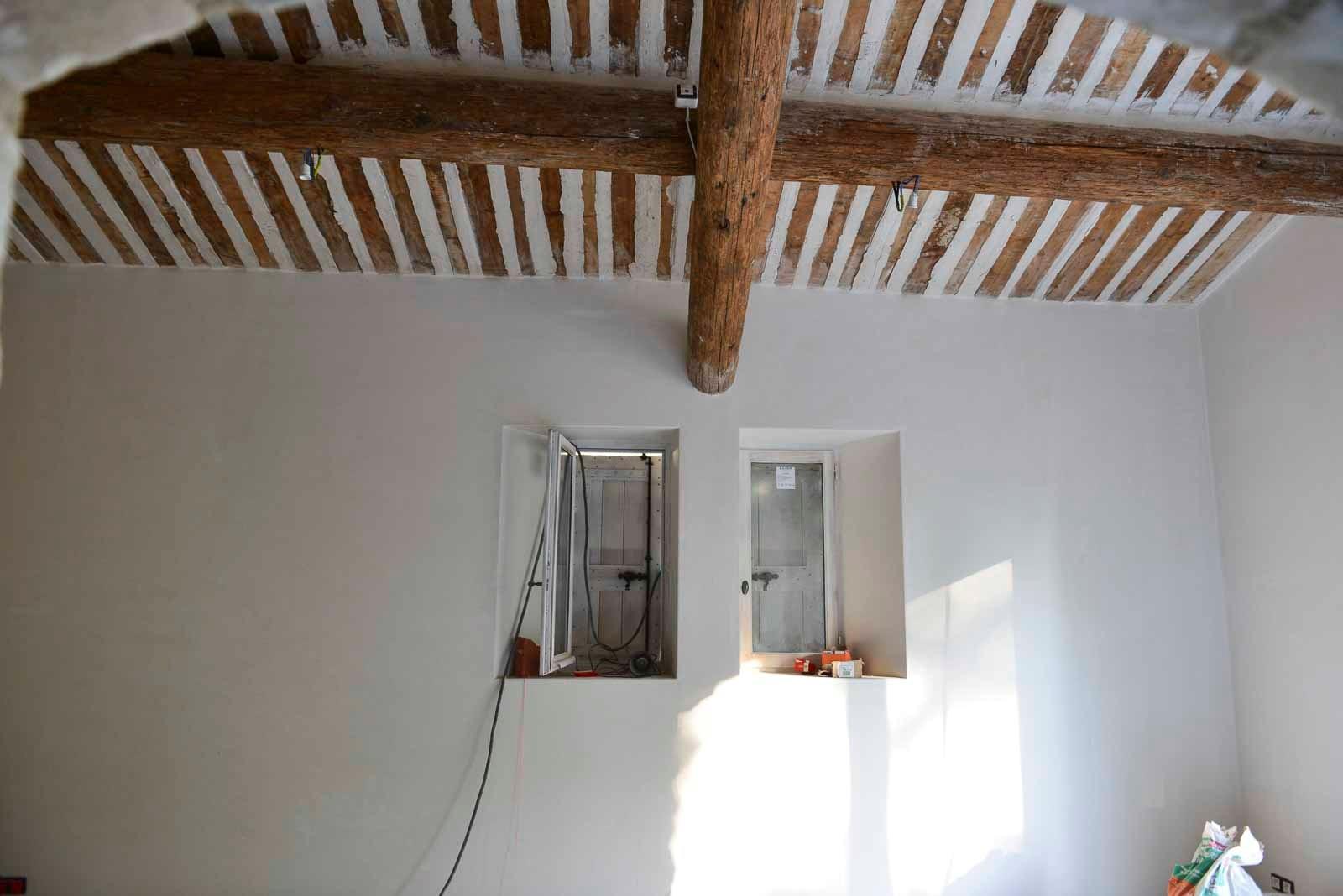 plafond proven al en bois ancien isolation revetement plafond pose menuiserie viguier. Black Bedroom Furniture Sets. Home Design Ideas
